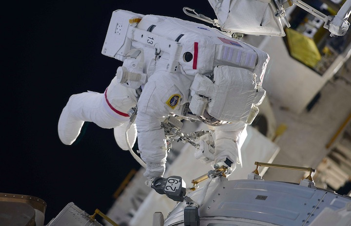 100-spacewalk-iss-a