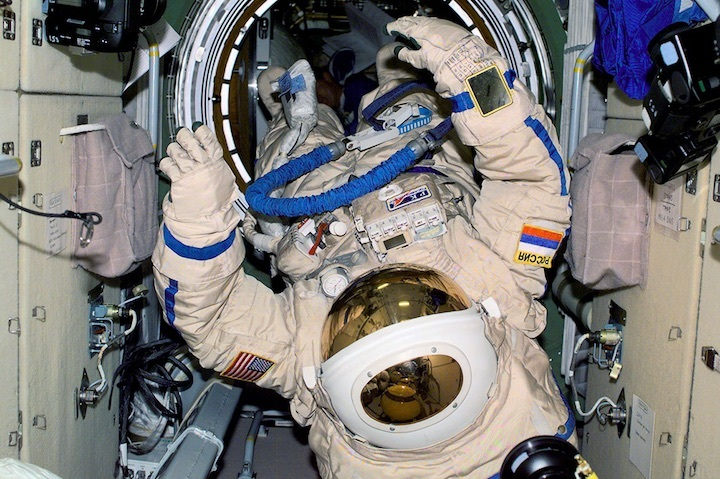100-spacewalk-iss-ac