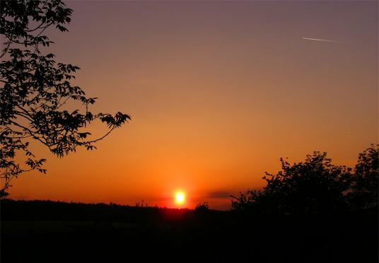 2011-05-ame-Sonnenuntergang - Odenwald