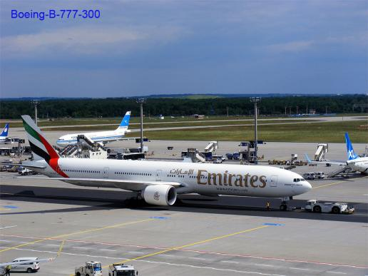 2012-05-ghh-Emirates-Boeing-B-777-300