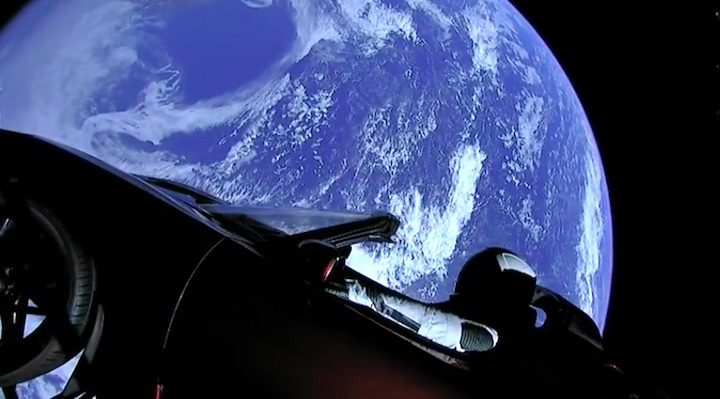 2018spacex-starman-ae