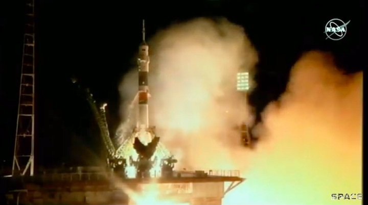 2019-03-soyuz-ms12-launch-ar