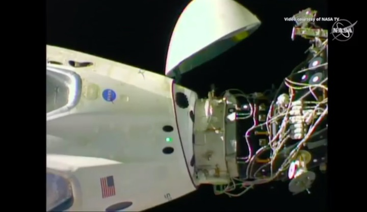 2019-dragon-crew-abdocking-ab