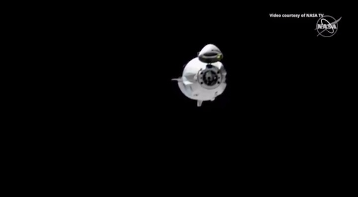 2019-dragon-crew-abdocking-an