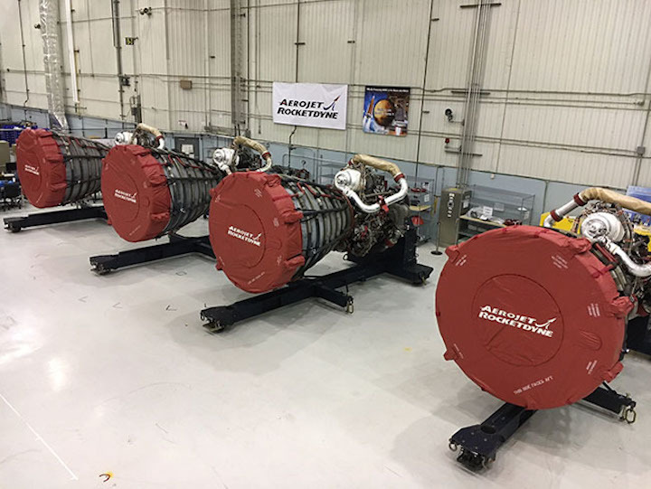 20190628-rs-25-engines-delivery-650