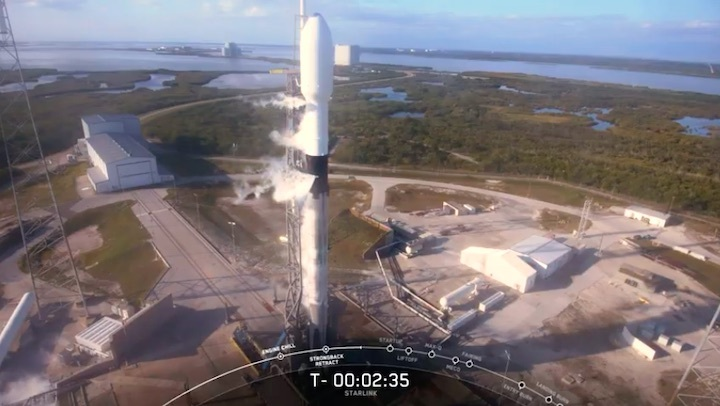 2020-01-29-starlink4-launch-ab