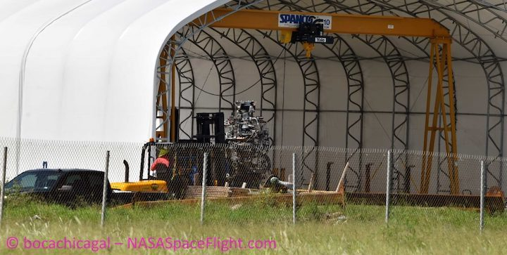 boca-chica-starship-mk1-100519-nasaspaceflight-bocachicagal-raptor-removal-2-crop-c-1024x516