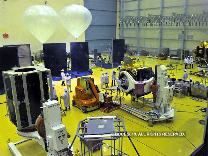 chandrayaan-1-mapped-the-entire-moon