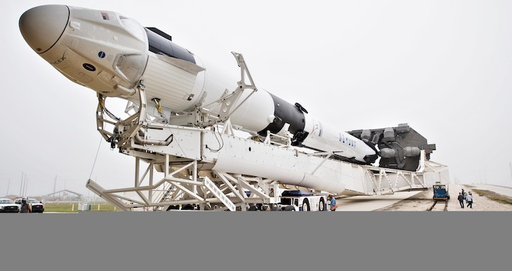 crew-dragon-falcon-9-dm-1-39a-rollout-022819-nasa-joel-kowsky-4-c-crop