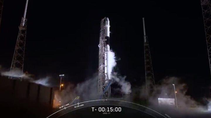 crs17-launch-f-1