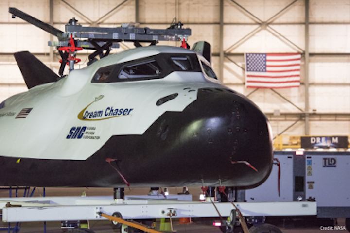 dream-chaser-in-hangar
