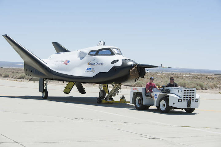 dream-chaser-tow-testing