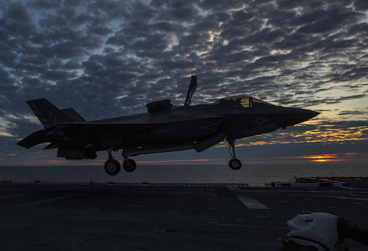 f-35b-on-board-uss-america-306-10