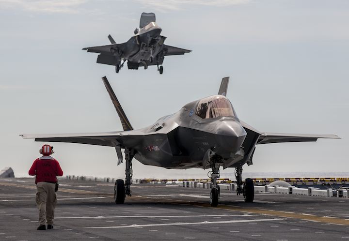 f-35b-on-board-uss-america-306-11
