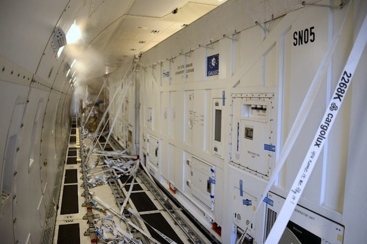 inside-aircraft-node-full-imag