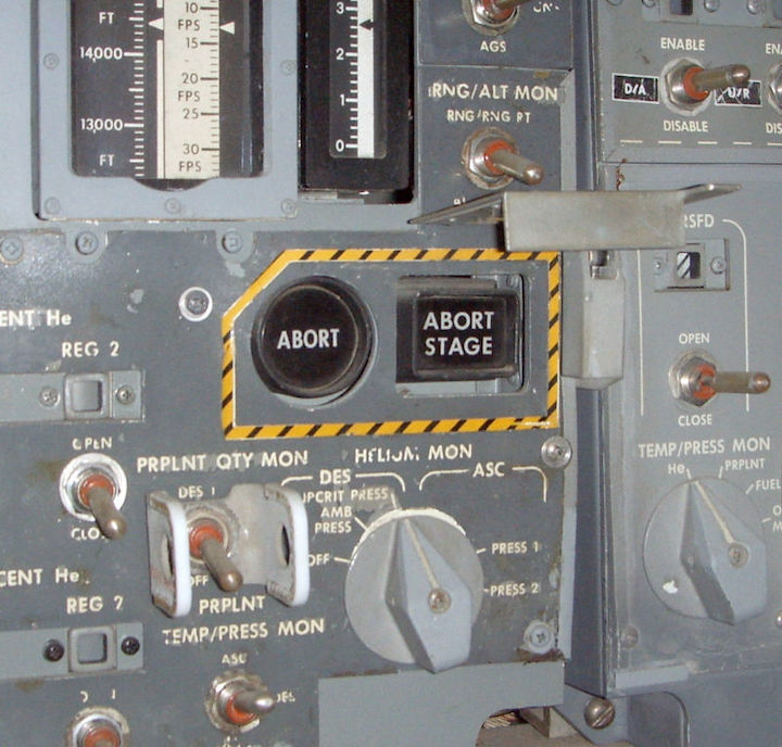 lm-abort-and-abort-stage-buttons-800x764