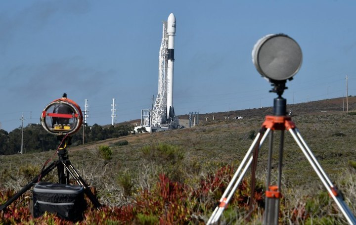 new-spacex-rocket-bignet-prep-8-26454649-1