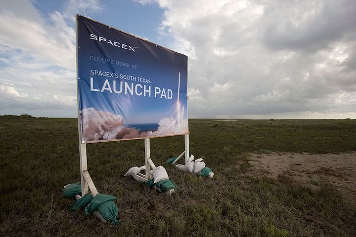 spacex-is-planning-its-first-new-rocket-launch-site-at-a-news-photo-539719370-1541019045