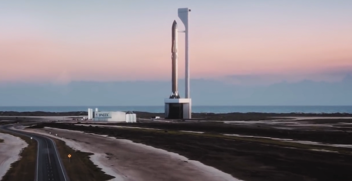 starship-super-heavy-2019-spacex-launch-mount-1-crop-1024x528