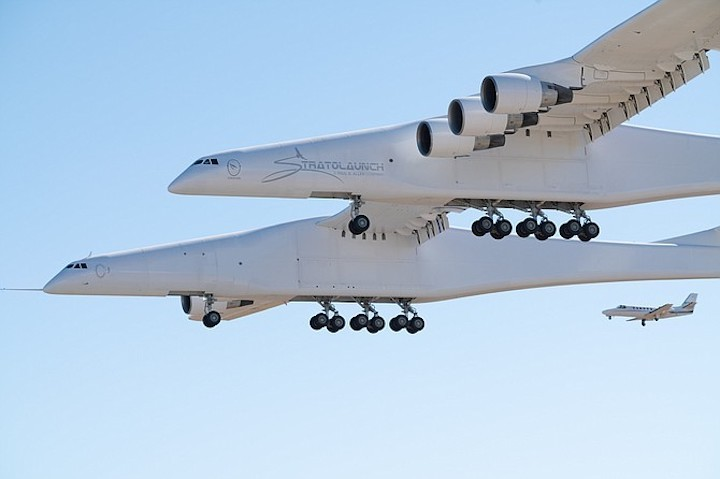 stratolaunch-firstflight-2-4-15-t670