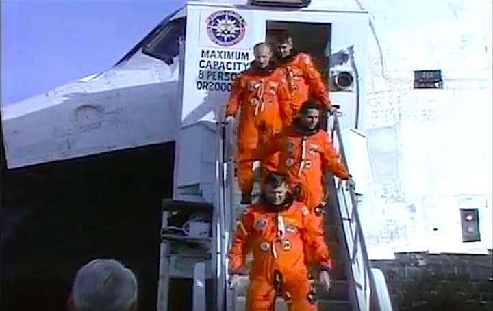sts29-mission-cl