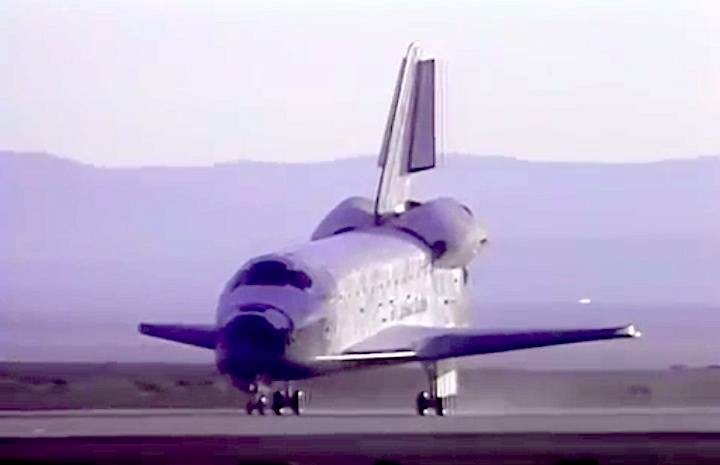 sts31-mission-cy