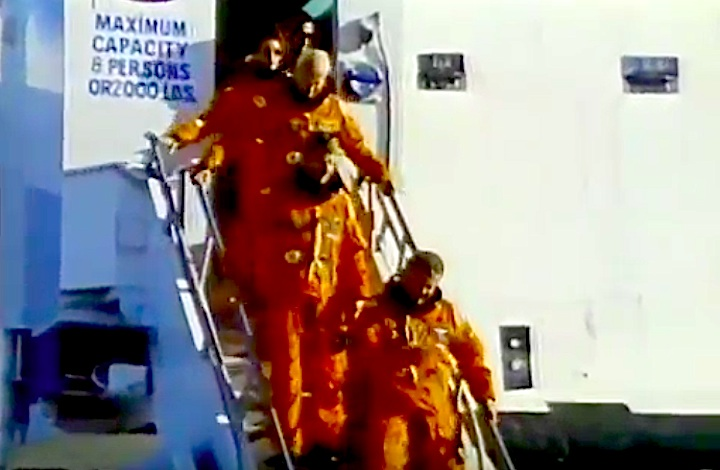sts31-mission-czb