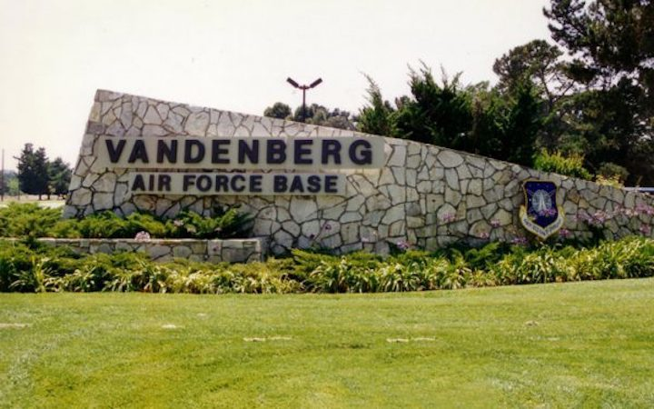 vandenberg-air-force-base-lompoc-600x375