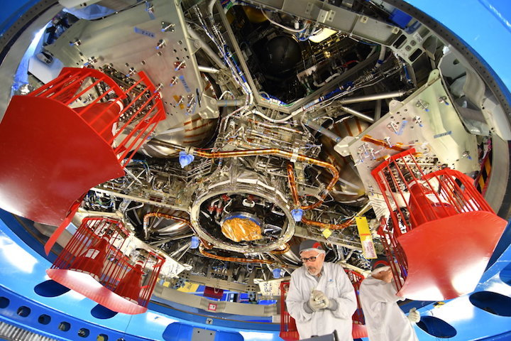 view-from-below-orion-european-service-module-1-article-mob